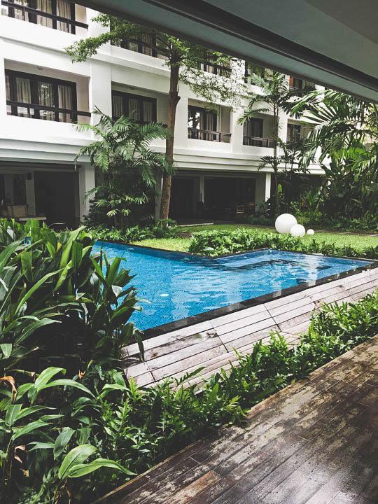 Piscine à l'hôtel Uma residence de Bangkok