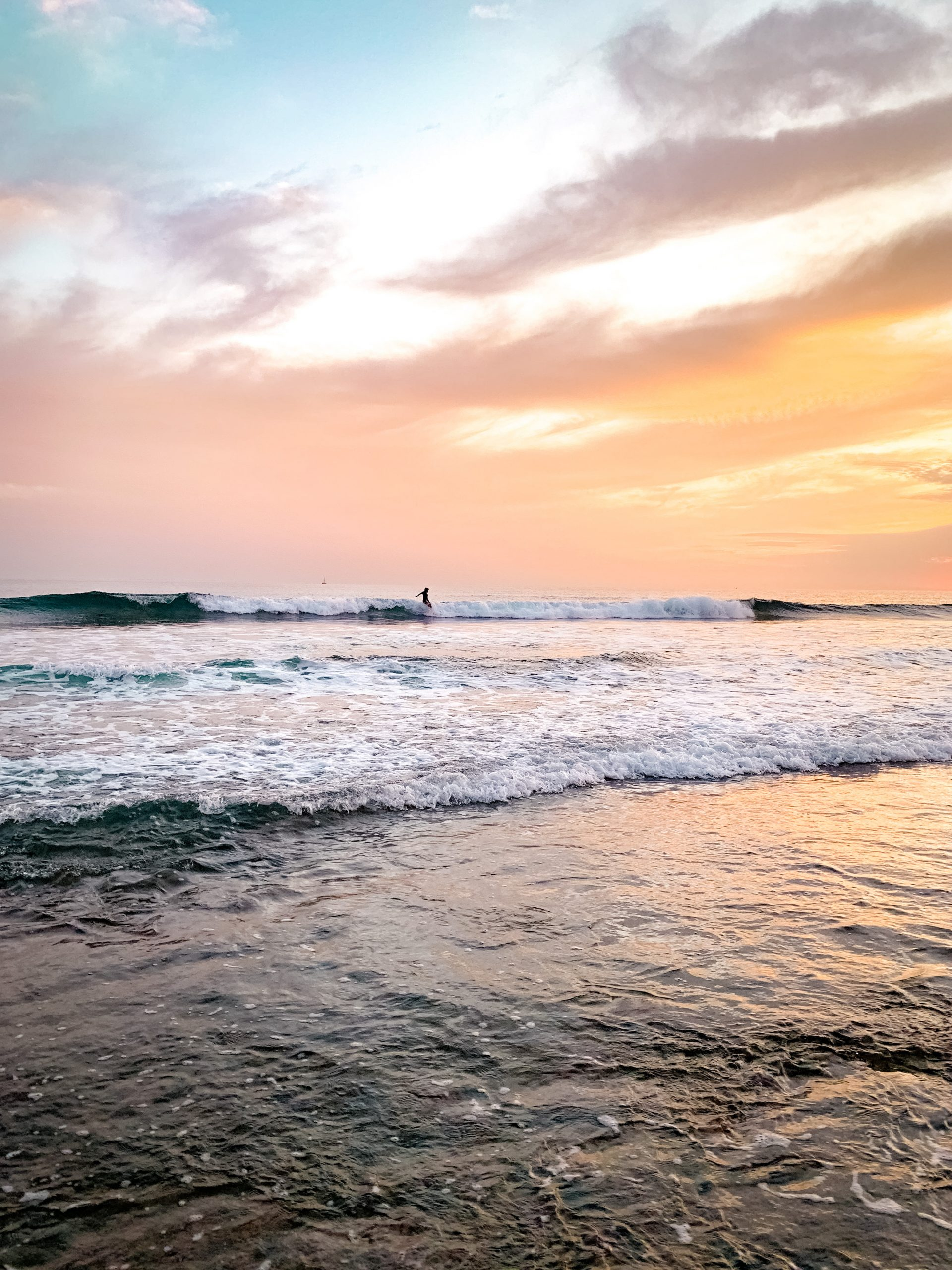 Surfeur au sunset à Ténérife