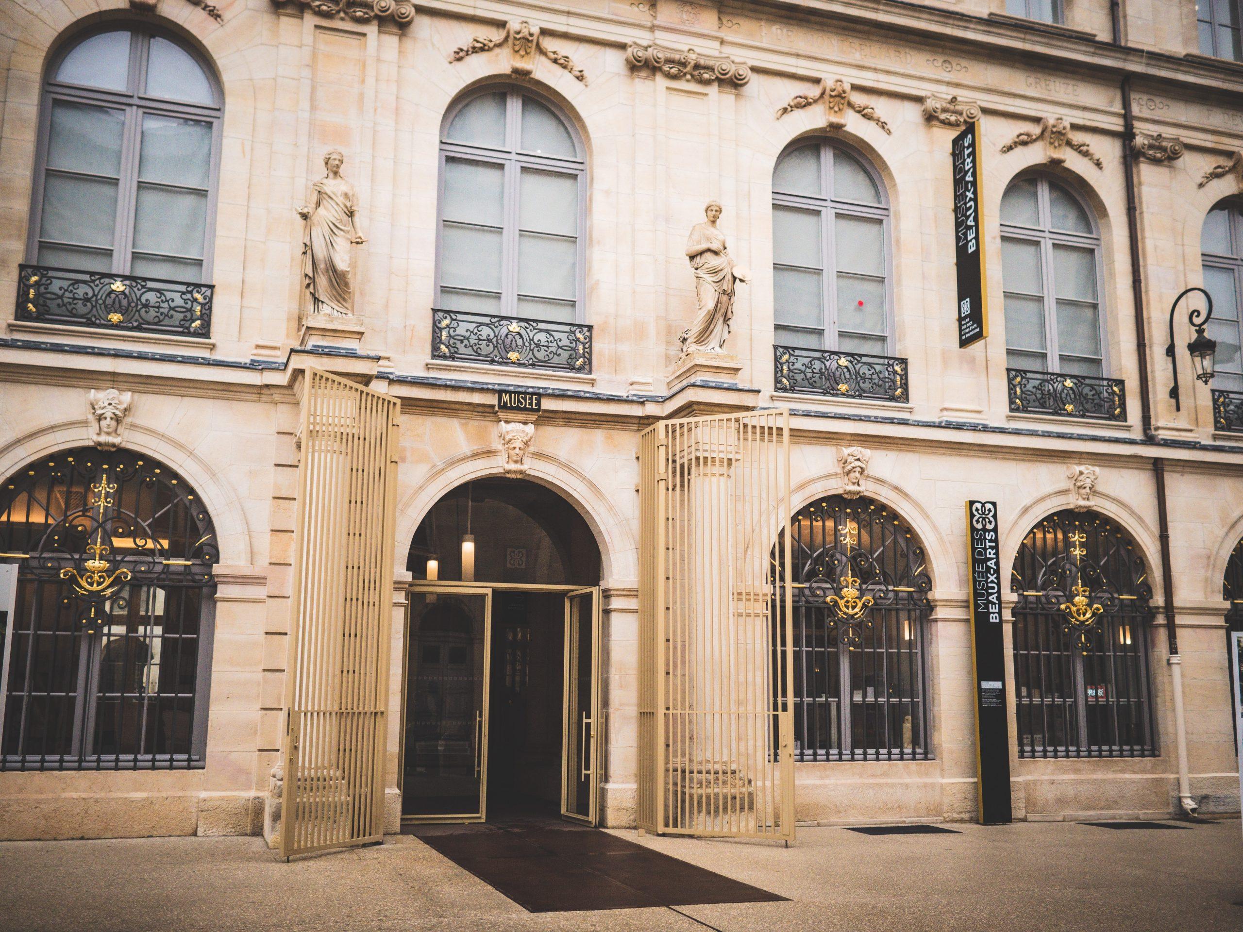 Entrée du musée gratuit des Beaux Arts de Dijon