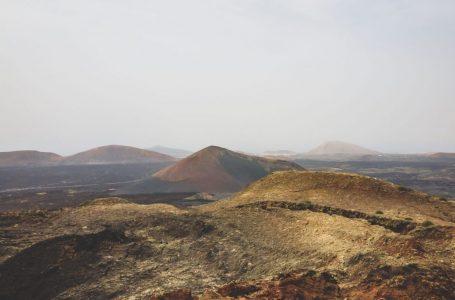 Sur l'île de Lanzarote plus d'une centaine de volcans existent
